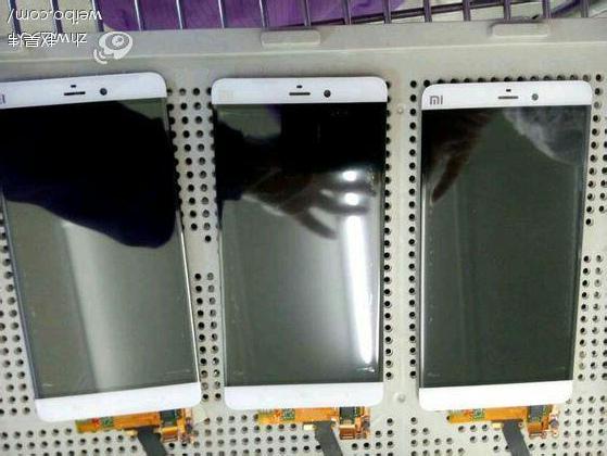 小米手机5无边框面板曝光