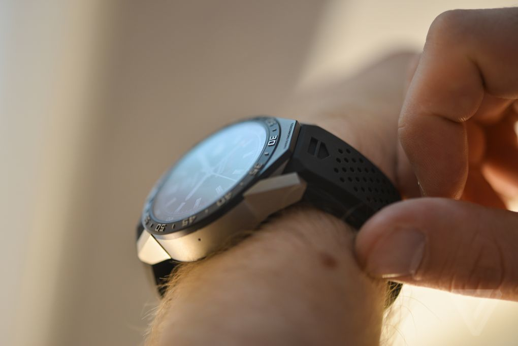 圆形表盘+1500美元售价:豪雅Connected智能手表图赏的照片 - 14