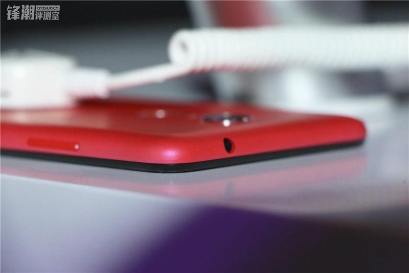 多彩塑料机身 现场秀防水:360手机N4四色图赏的照片 - 38