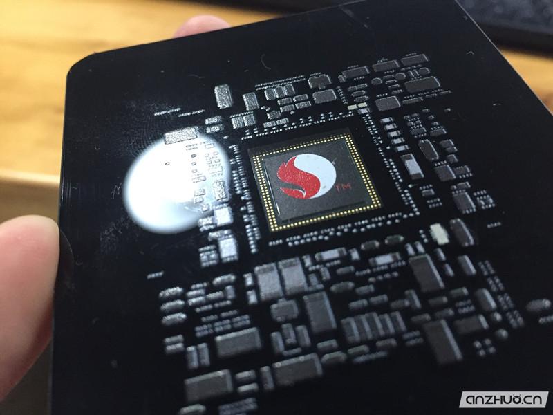 能够超频的骁龙820手机:联想ZUK Z2上手的照片 - 5