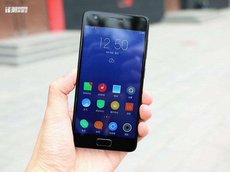 能够超频的骁龙820手机:联想ZUK Z2上手的照片 - 8
