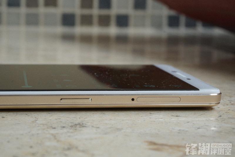 7月23日上市:巨屏OPPO R7 Plus手机开箱图赏的照片 - 12
