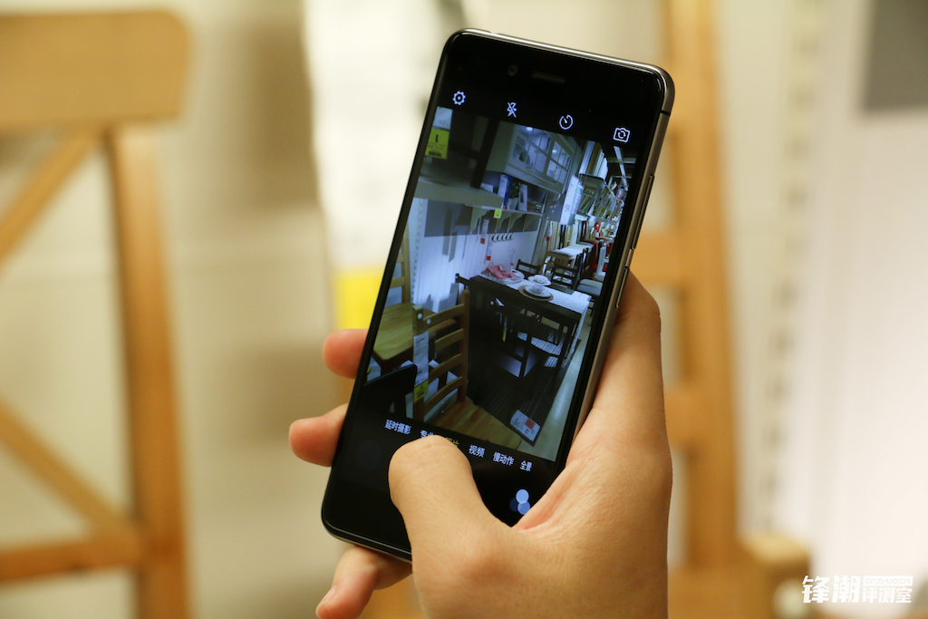 双2.5D玻璃+指纹识别:nubia Z11 mini开箱图赏的照片 - 19