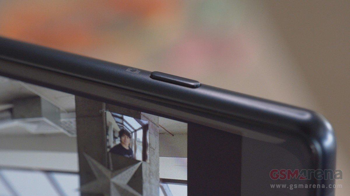 名副其实的小钢炮!索尼Xperia XZ2 Compact 真机图赏 - 热点资讯 首页 第10张