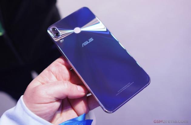 MWC第二、第三天汇总:手机产业链厂商一致推进5G布局 - 热点资讯 首页 第8张