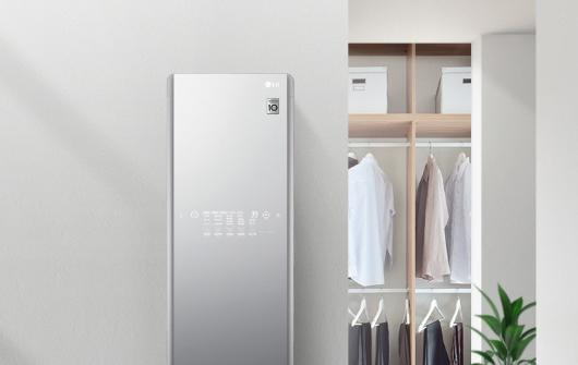 LG发布智能衣柜,可自动除皱、杀菌还能和 Google 聊天 - 热点资讯