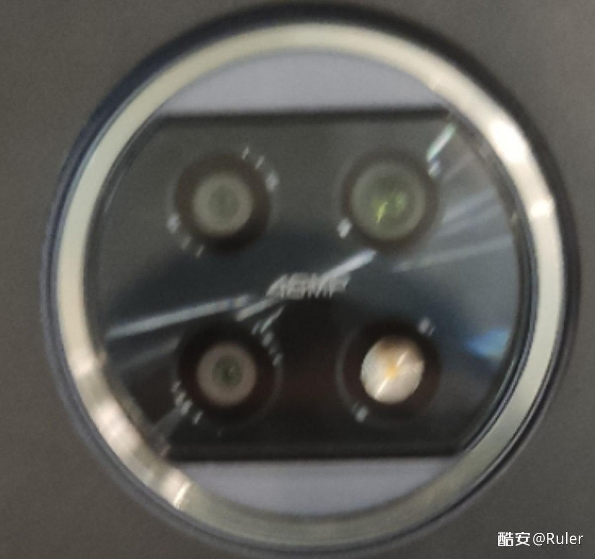 Redmi Note 10 真机照曝光:单孔屏 + 后置三摄 - 热点资讯 专题图文 第3张